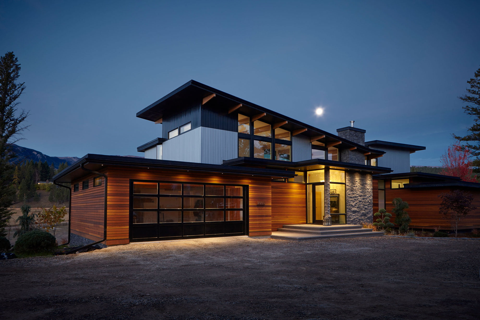 lindal-cedar-homes_stunning-modern-home_state-of-the-art